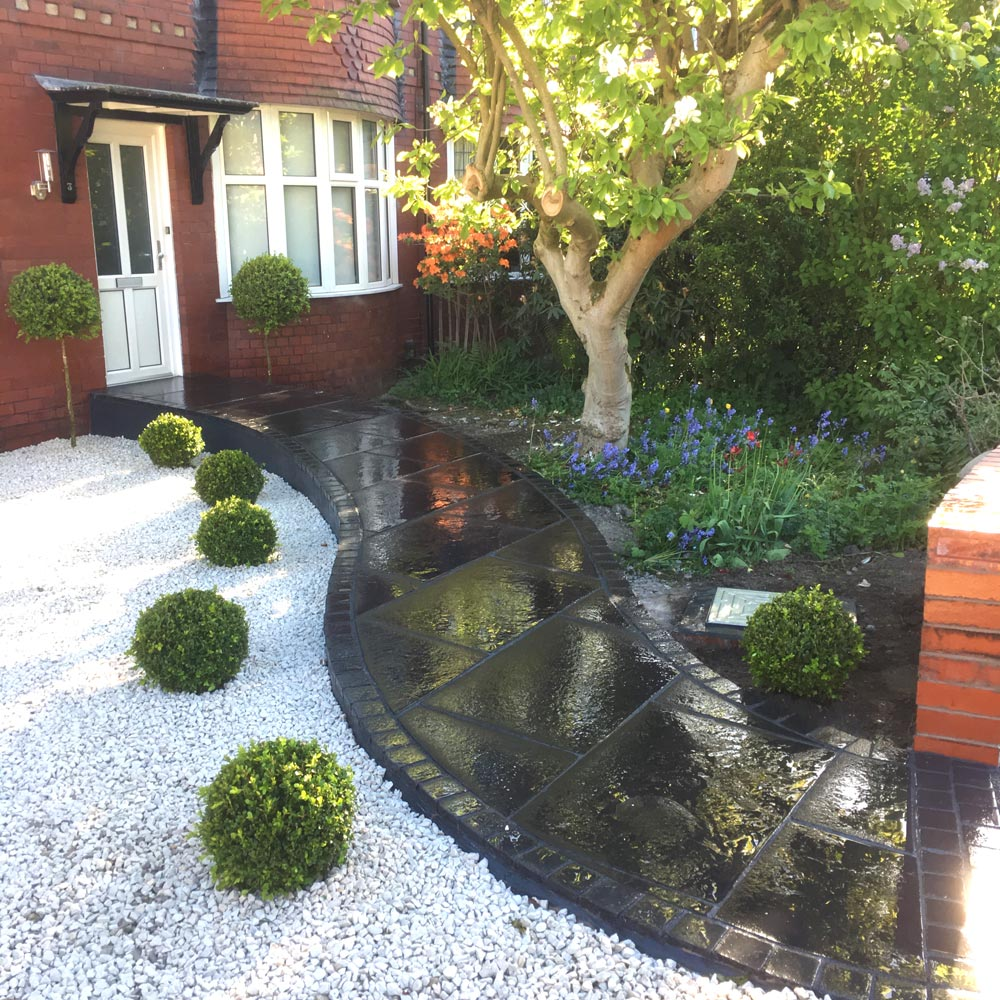 We build gardens across Manchester & Cheshire - Hunter Gardens